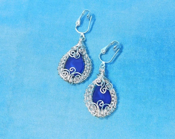 Artistic Woven Wire Wrapped Clip on Blue Sea Glass Earrings Gift for Wife, Girlfriend or Mom, Non pierced Earrings with Ocean Blue Sea Glass