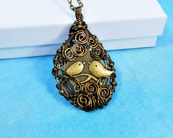 Unique Wire Wrapped Bird Nest Necklace, Handmade Pendant Bird Family Jewelry, Lovebird Pendant, Birthday Anniversary Present for Wife or Mom
