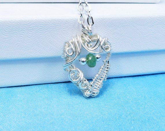 Artistic Emerald Heart Pendant Necklace, Sterling Silver Wire Wrapped Gemstone Necklace, May Birthstone Jewelry Birthday Gift for Women