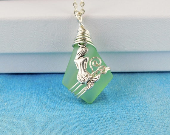 Unique Wire Wrapped Mermaid Sea Glass Necklace, Artisan Crafted Green Beach Theme Jewelry, Artistic Handmade Ocean Pendant Wearable Art