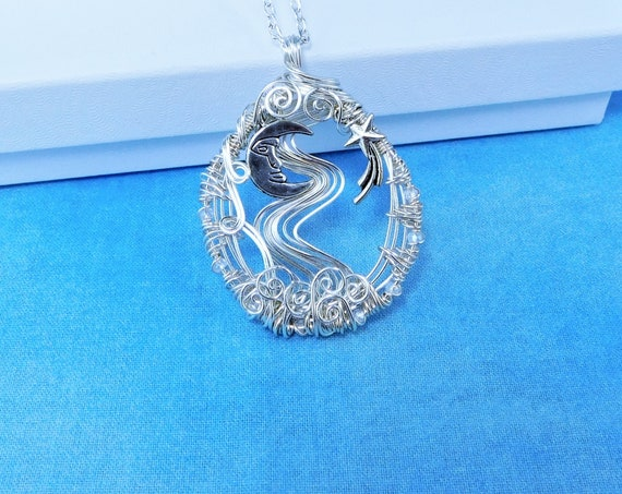 Artistic Moon and Star Necklace Celestial Theme Pendant for Women