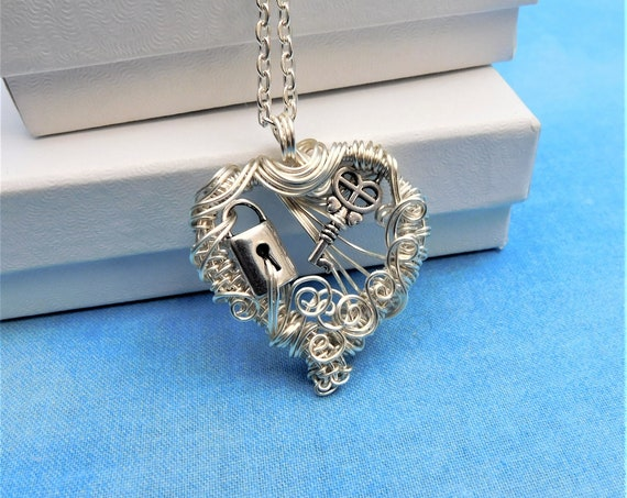 Unique Wire Wrapped Skeleton Key Necklace, Artisan Crafted Rustic Lock and Key Heart Pendant, Handmade Wearable Art Jewelry Present for Wife