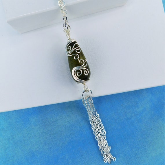 Green Crackle Agate Long Tassel Necklace, Artistic Wire Wrapped Pendant, Unique Artisan Jewelry Present Ideas for Girlfriend Wife or Mother