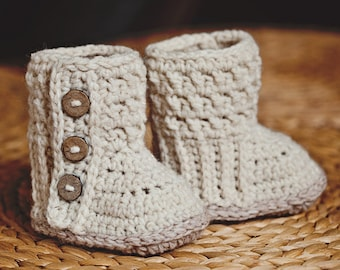 Baby Booties Crochet PATTERN  - Polar Buttoned Boots