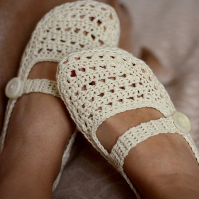 Crochet PATTERN  Ladies Milky Slippers English only image 0