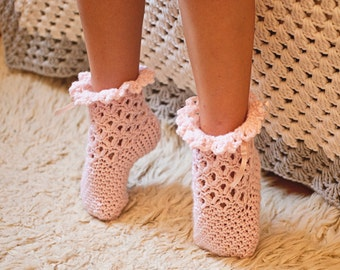 Crochet PATTERN  - Lace Frill Socks (sizes baby to adult) (English only)