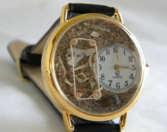 Archaeology Watch Complete with sand, bones and brush
