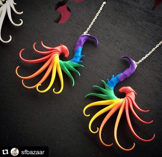 Rainbow Small Swoop Earrings