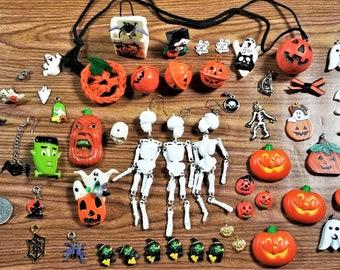 E-238;  Ghoulish Assortment of Halloween Odds and Ends Embellishments