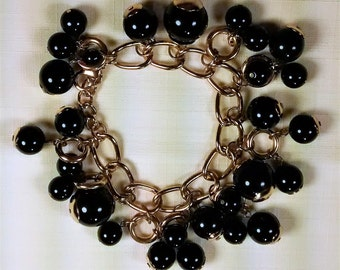 MJ-122 Black Drops Charm Bracelet