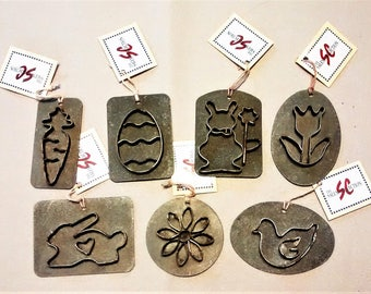 E-151 Spring and Easter Set of Metal Decorations