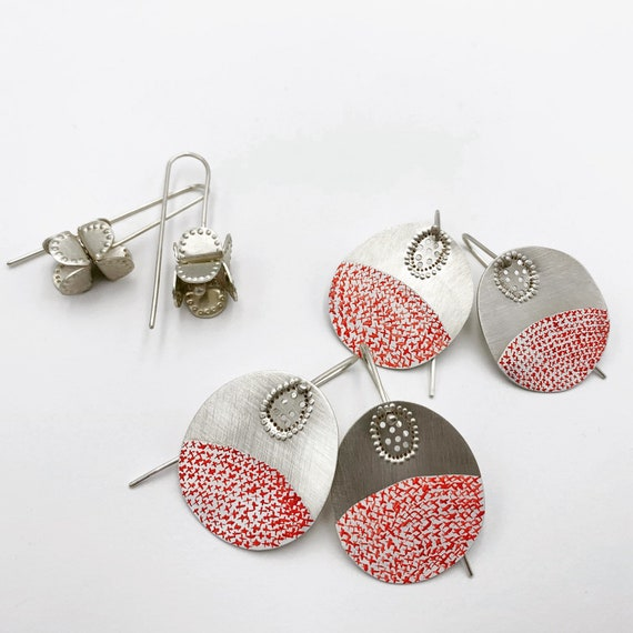 100 kisses Earrings