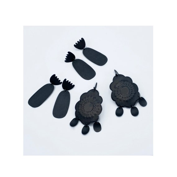 Brita Earrings in Black