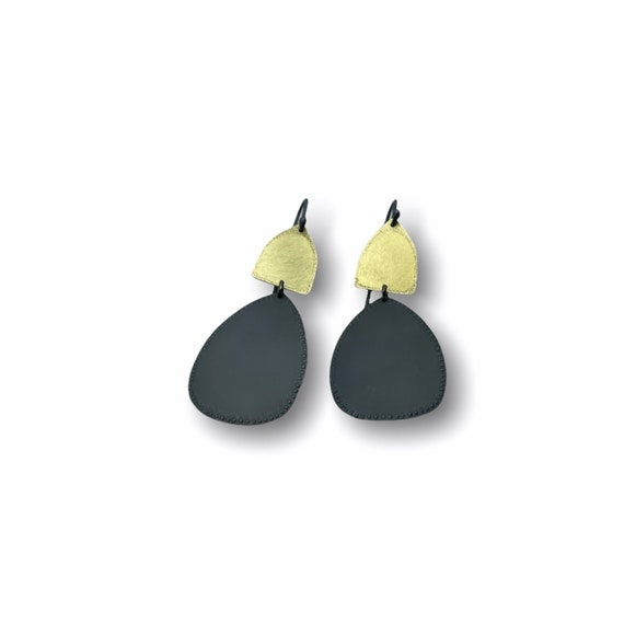 Castle Earrings in Black & Gold