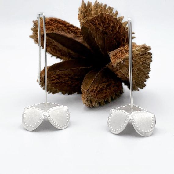 Blomma Earrings in Silver