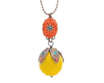 Collier long orange et jaune