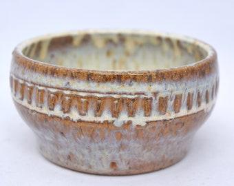 Small Bowl in Cream - Ceramic Stoneware Pottery