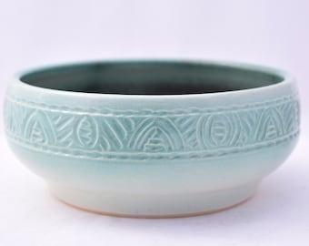 Serving Bowl in Pistachio Green - Ceramic Stoneware Pottery