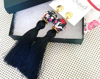Tassel earrings, Long earrings, Silk earrings, Luxurious earrings, Black earrings, Statement earrings, Boho chic earrings, Black jewelry