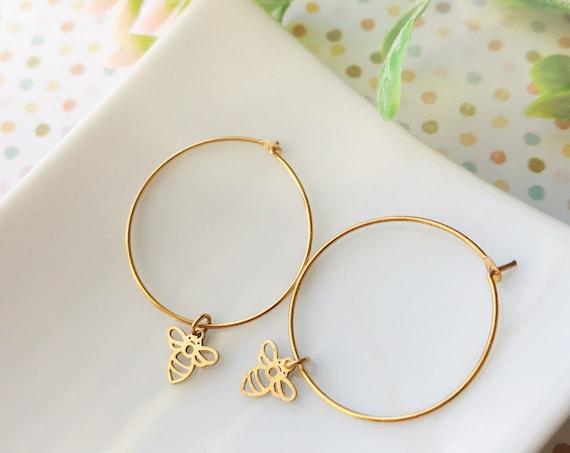 Bee earrings, Minimalist jewelry, Minimalist earrings, Dainty jewelry, Dainty earrings, Brass earrings, Modern jewelry, Holiday gifts