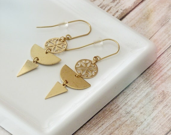 Dangle earrings, Trendy earrings, Modern earrings, Golden jewelry, Boho chic earrings, Brass earrings, Modern jewelry, Holiday gifts