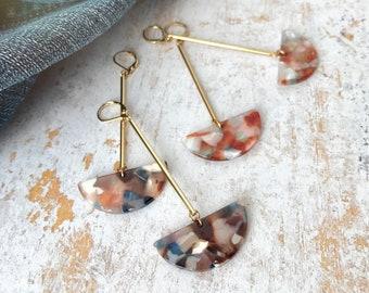 Dangle earrings, Trendy earrings, Modern earrings, Drop earrings, Long earrings, Tortoise shell earrings, Geometric earrings, Modern jewelry