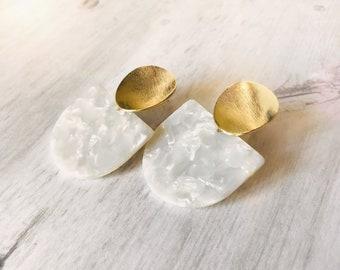 Dangle earrings, Statement earrings, Modern earrings, Bridal Jewelry, White earrings, Tortoise shell earrings, Bridal earrings, Bridesmaids