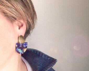 Dangle earrings, Statement earrings, Modern earrings, Big earrings, Purple earrings, Tortoise shell earrings, Trendy earrings, Geometric