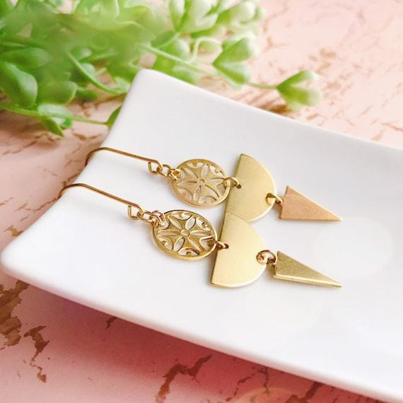 Dangle triangle earrings, Trendy earrings, Triangle earrings, Golden jewelry, Boho chic earrings, Brass dangle earrings, Triangle jewelry