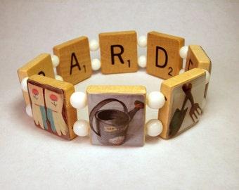 Gardener Jewelry / SCRABBLE Bracelet / Gardening / Unusual Gifts / Beaded / Made in USA