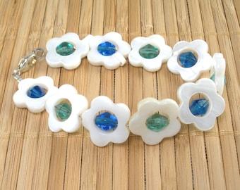 Crazy Daisy Bracelet Shimmery Shell Flower Teal Aqua White Mother of Pearl Bracelet Set Silver Small Flower Bracelet Aqua White Blue