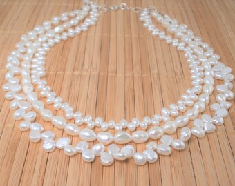White Pearl Tiered Multistrand Necklace 3 Strand White Pearl Multistrand Pearls Bridal Necklace Rare Find Tiered Pearl Necklace Summer White