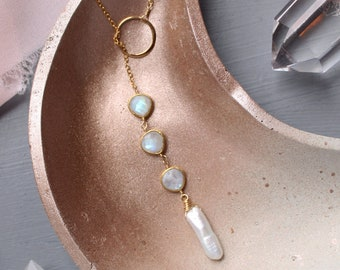 Biwa pearl necklace, pearl & moonstone necklace, gold y necklace, gemstone y necklace gold, bridal jewelry, wedding jewelry, baroque pearl