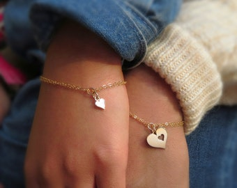 Mothers day gift, matching heart bracelets for mom and daughter, gift for mom, Mother Daughter Bracelet set, bracelet set to share