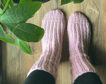 Crochet Hat Pattern - Alaskan Summer Socks