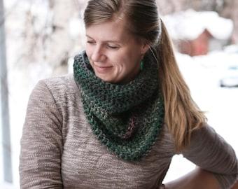 Crochet Cowl Pattern - Cora Cowl