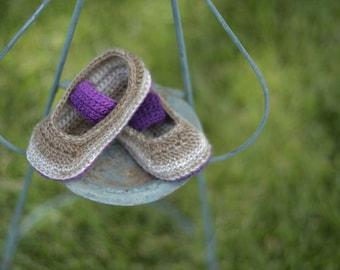 Crochet Bootie Pattern - Denise Booties (sizes newborn to toddler)