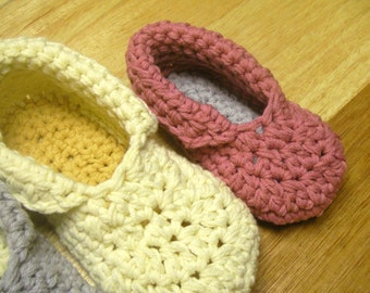 Instant Download - Crochet Pattern - Toddler Child Slippers