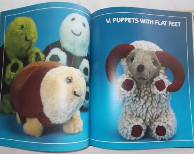 1st Edition Charlous Five Finger Puppet and Stuffed Toys How To Book Illustrated Instructional Guide