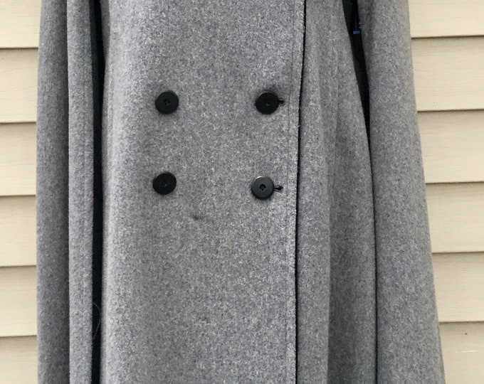 Gorgeous Gray Wool & Black Velvet Heavy Long Cape Double Breasted PRISTINE One Size WARM