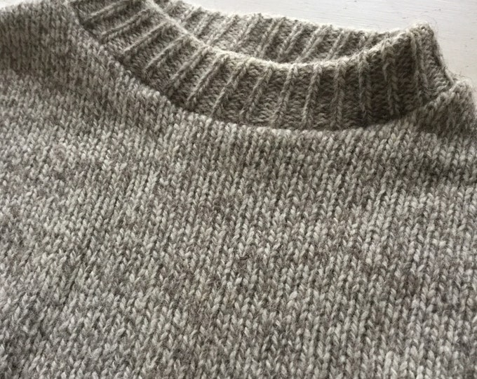 Mens Lands End Vintage Ragg Wool Sweater Medium Pristine Condition Crew Neck