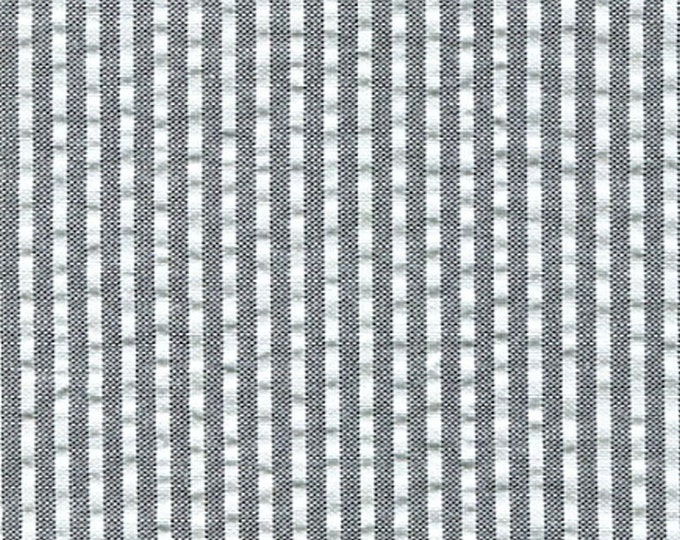 Gray and White Cotton Seersucker Fabric For Apparel Home Decor Yarn Dyed Cotton Blend