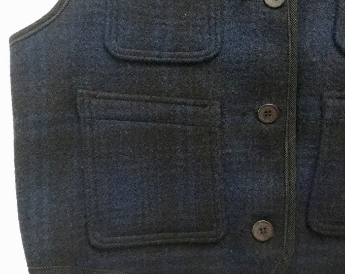 Womens Woolrich Vest Dense Wool Unlined Woodsy Plaid Deep Blue Black Large New Old Stock