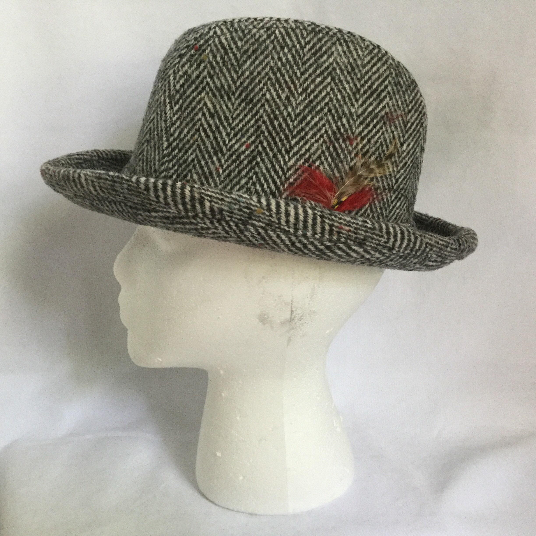 51582f1fbff76 Mens Vintage Hat Gray Herringbone Wool Tweed Fedora Artel Made In USA. 1