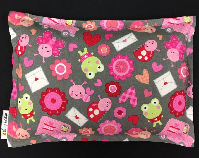 Microwave Heating Pad, Corn Bags, Hot Cold Therapy, Ice Pack, Gift For Kids, Relaxation Gift, Pink Gray Love Bug Fabric