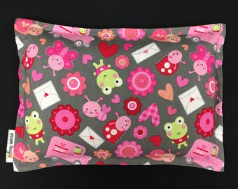 Valentines Day Gift, Microwave Heating Pad, Corn Bags, Hot Cold Therapy, Ice Pack, Gift For Kids, Relaxation Gift, Pink Gray Love Bug Fabric