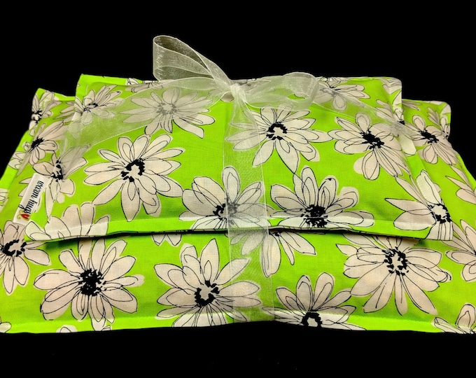 Gardener Gift, Corn Bag Gift Set, Corn Heating Pad, Heat Packs, Corn Bags, Microwave Heating Pad, Hot or Cold Therapy, Spa Relaxation Gift
