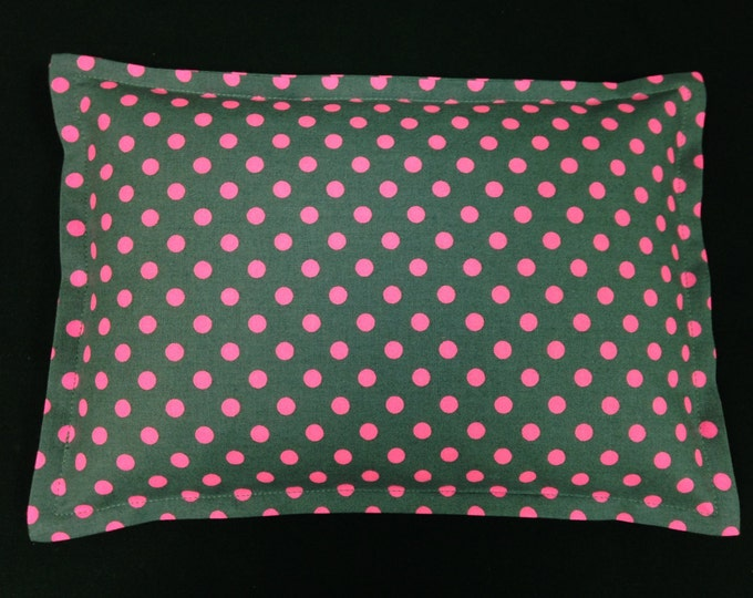 Corn Heating Pad, Microwavable Corn Bag, Lumbar Heat Pack, Hot Cold Therapy Pillow  - Gray Hot Pink Polka Dots