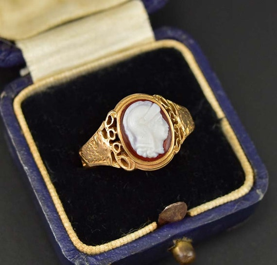 dating antique jewelry
