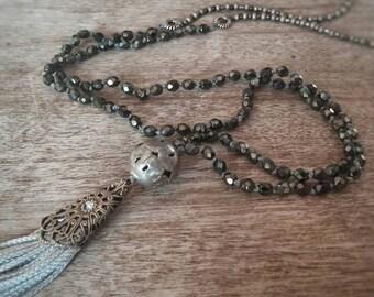 Quaste Halskette. Perlenkette. Lange Halskette. Bohohalskette. Boho Schmuck.